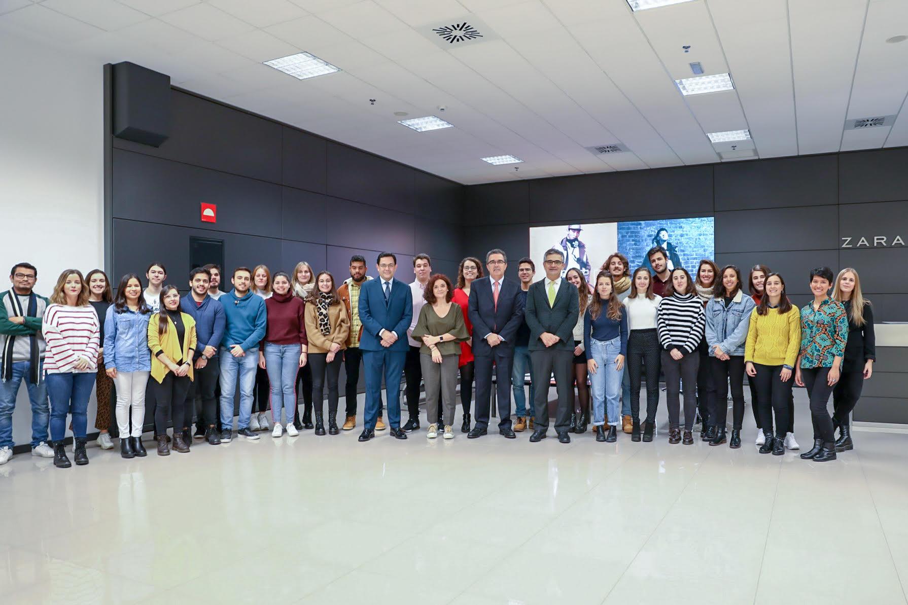 Visita de los alumnos del MPXA a Inditex